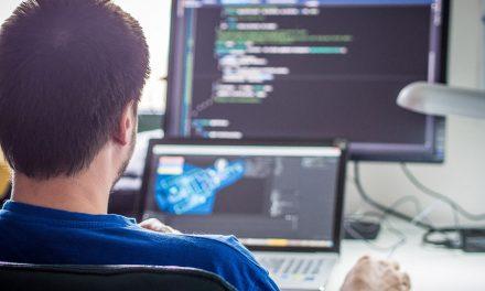 EFA Moratalaz impartirá cursos gratuitos de informática y comunicaciones