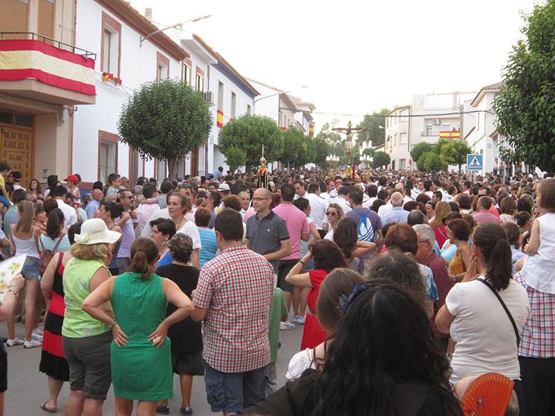 La colaboración entre administraciones públicas hace posible el traslado del Cristo de Villajos por la CM-3105