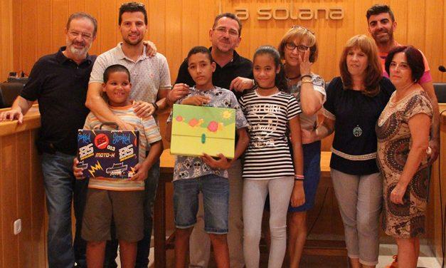 El Ayuntamiento despidió a los niños saharauis del programa Vacaciones en Paz