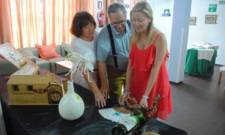 Los mayores inauguran la XXXVI Exposición de Artesanía