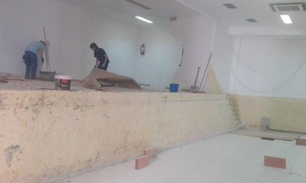Comienzan las obras de construcción de las nuevas oficinas municipales en la Casa de Cultura