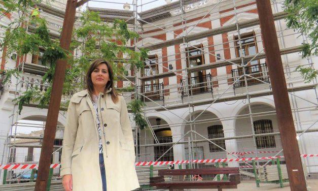 Comienza la rehabilitación de la fachada de los edificios consistoriales