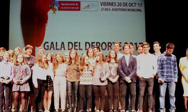 Deportistas y clubes alcazareños tuvieron su reconocimiento en la II Gala del Deporte alcazareña