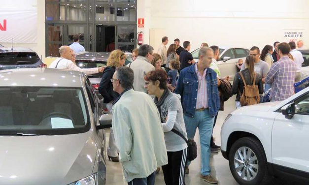 Buen número de ventas directas y multitud de contactos en el VII Salón del Automóvil