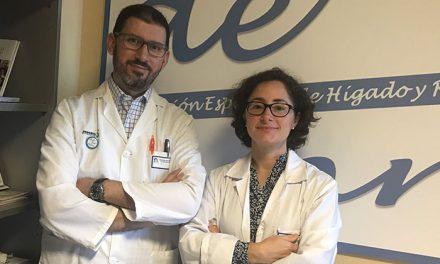 La Asociación Española de Hígado y Riñón alerta en los institutos del daño causado por el alcohol en menores