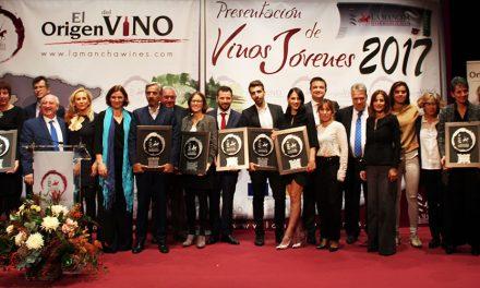La DO La Mancha entregó sus premios 'Jóvenes Solidarios' en el Círculo de Bellas Artes de Madrid