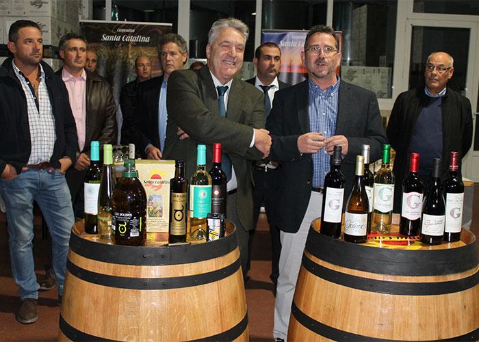 La Cooperativa Santa Catalina presenta sus vinos con vocación de seguir creciendo