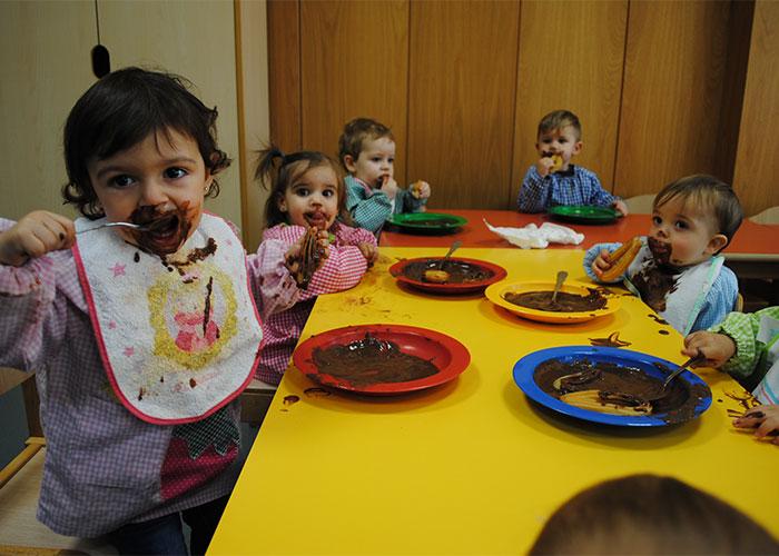 Gran chocolatada navideña en la Escuela Infantil Municipal de Cachiporro