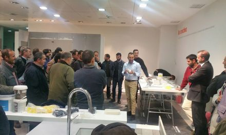PORCELANOSA Ciudad Real presenta sus nuevos productos de gran formato y muestra cómo instalarlos a los profesionales de la construcción