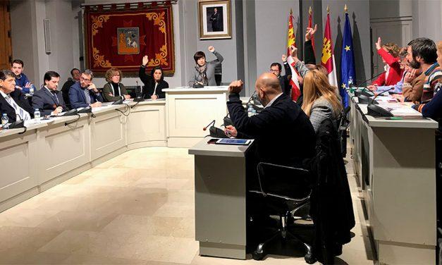 El Pleno aprueba definitivamente iniciar el expediente de lesividad por la gestión mixta de Aguas de Alcázar