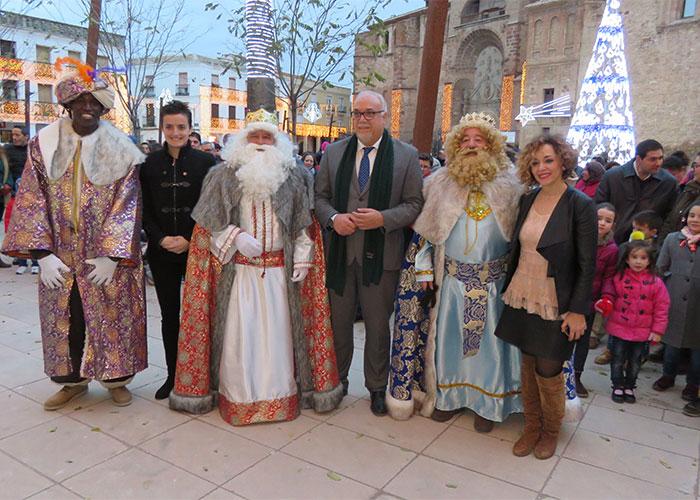 Los Reyes Magos desean solidaridad, fraternidad y que los mejores sueños se hagan realidad