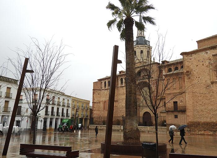 El desfile del Concurso Regional de Carrozas y Comparsas suspendido por la lluvia