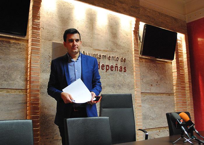 Valdepeñas supera en inversión por habitante en Deportes a 50 capitales de provincia de España