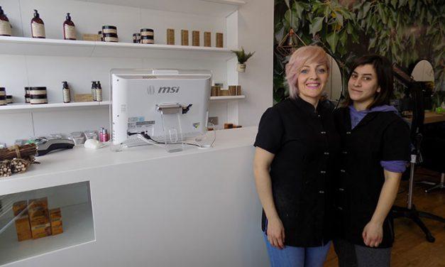 Miriam Alcolado Estilistas, de Pedro Muñoz, implanta el concepto de peluquería saludable