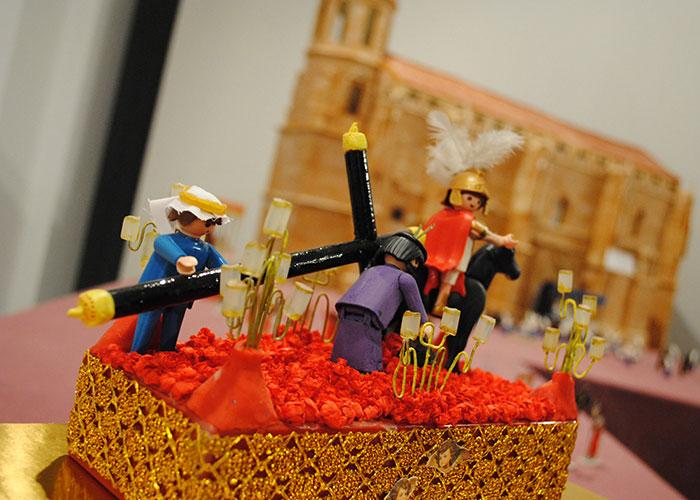 La Semana Santa en miniatura, en una curiosa muestra en 'La Confianza'