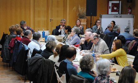 El alcalde se reunió con 80 representantes de una treintena de colectivos sociales