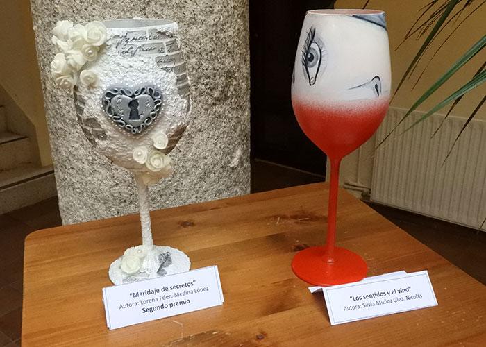 22 copas de diseño y 20 fotografías conforman la exposición de 'Alma del Vino'