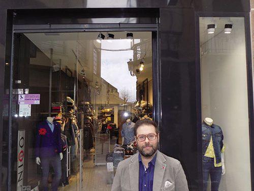 Uniqo Man Valdepeñas: Moda para hombre única y exclusiva para vestir con personalidad