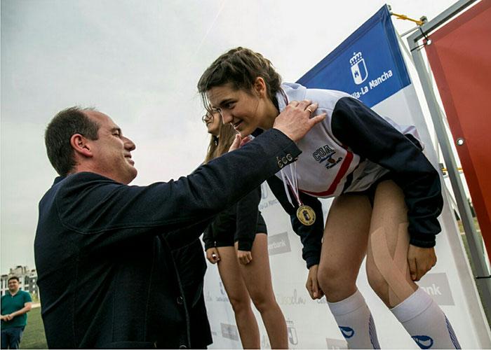 La atleta ciudadrealeña, Raquel de la Cruz Alache se proclama campeona de Castilla-La Mancha en la prueba de 100 metros vallas Sub18