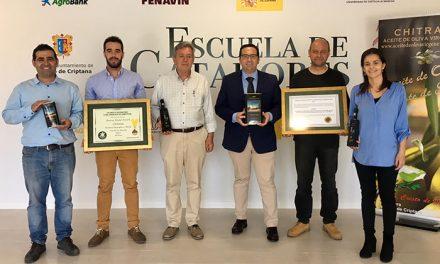 El aceite 'Chitrana Premio' entre los mejores del mundo tras conseguir dos nuevos premios internacionales