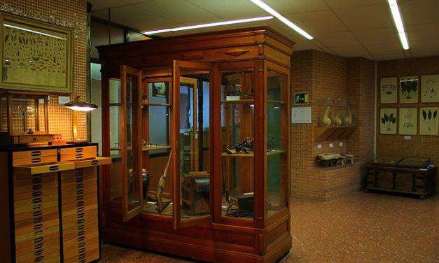 Exposición del histórico gabinete de Agricultura en el IES Santa María de Alarcos