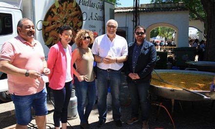 Más de 1200 raciones de paella han sido la gran novedad protagonista de la Romería de Manzanares