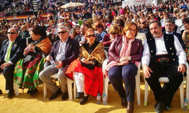 El Gobierno de Castilla-La Mancha muestra su apoyo a la fiesta del Mayo Manchego de Pedro Muñoz