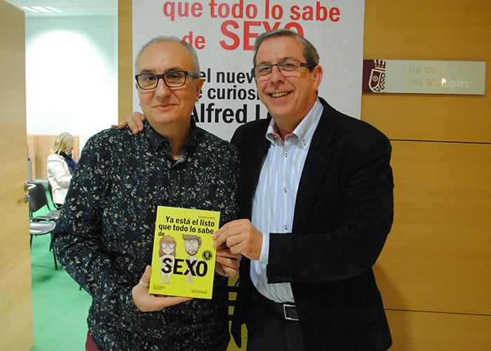 El libro 'Ya está el listo que todo lo sabe de SEXO' se presentó ayer en La Confianza