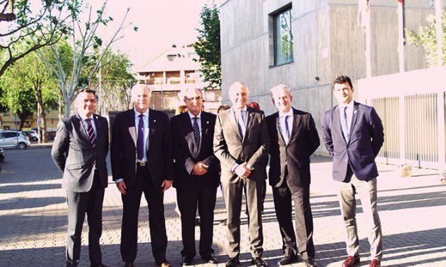 Dolors Montserrat agradece la labor profesional y humanitaria de los médicos en el centenario del Colegio de Ciudad Real