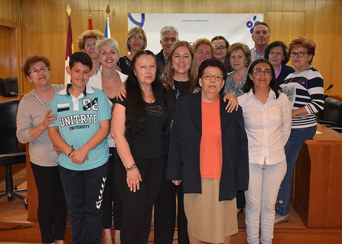 El Ayuntamiento reconoce la implicación de los vecinos que han participado en Los Mayos