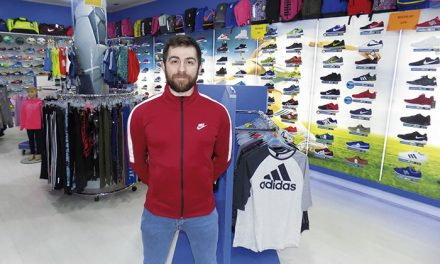 """Atmósfera Sport La Solana: """"Tu tienda de deportes"""""""