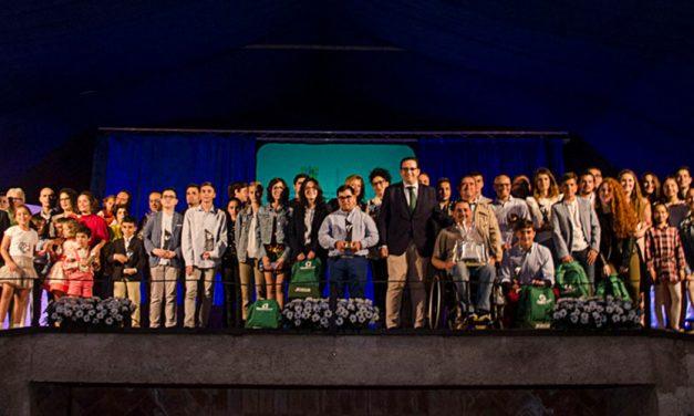 Campo de Criptana premia a los mejores deportistas de la temporada en la XIV Gala del Deporte