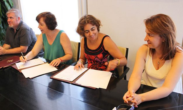 Cruz Roja ofrecerá un nuevo servicio de atención a mayores en soledad en colaboración con el Ayuntamiento