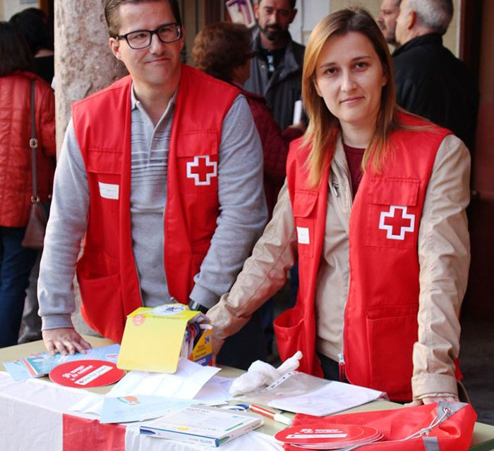 Cruz Roja La Solana realiza una campaña de captación de voluntariado y diversas actividades