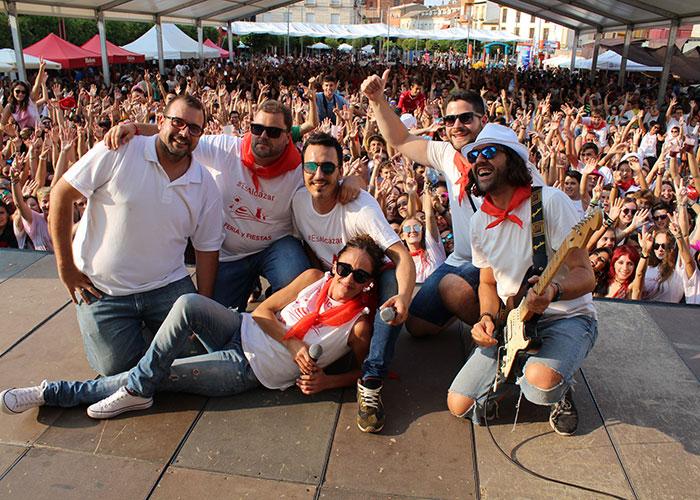 Camiseta y pañuelo oficial de la Feria y Fiestas 2018