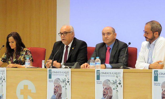 Julián Nieva espera que las Jornadas de Alzheimer sean una referencia regional