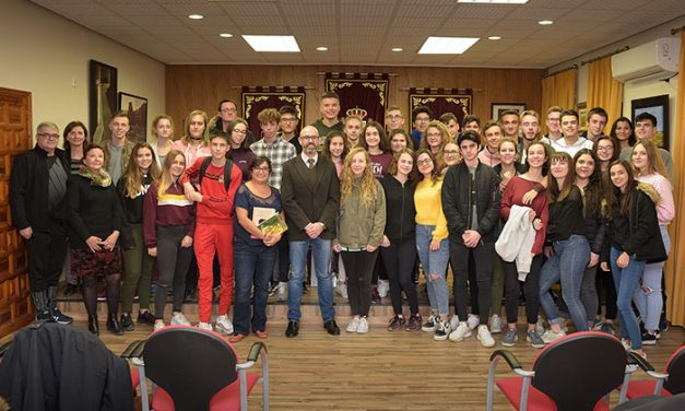 Estudiantes de la localidad francesa de Poissy visitan Argamasilla de Alba