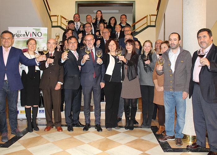 """La Ruta del Vino de La Mancha recibe uno de los premios """"Vino y Cultura"""" organizados por el Consejo Regulador"""