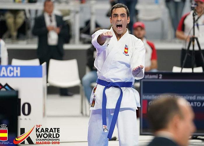 El joven tomellosero Antonio Gutiérrez Rebato sube a lo más alto como campeón del mundo de para-kárate
