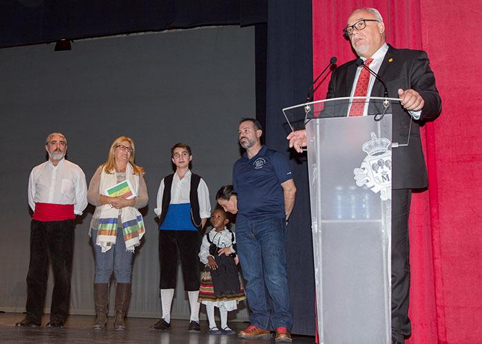 """Generosidad y solidaridad de la agrupación """"Manuel de Falla Manzanares"""""""