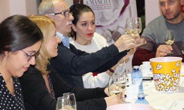 La Asociación de Hosteleros anuncia una cata de vino, cerveza artesana y queso el día 26