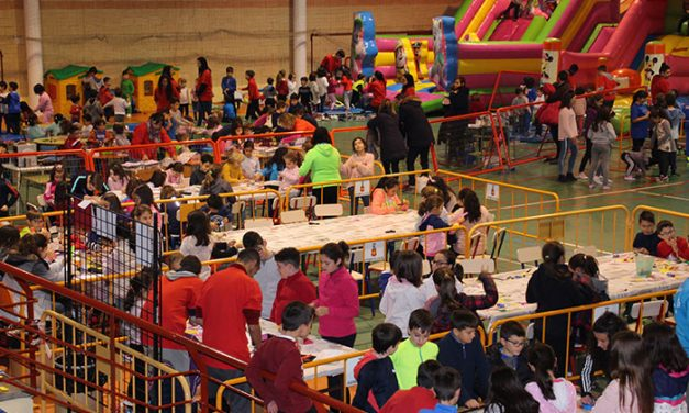 Infantilandia congregó a unos 1.700 chavales en el Antonio Serrano