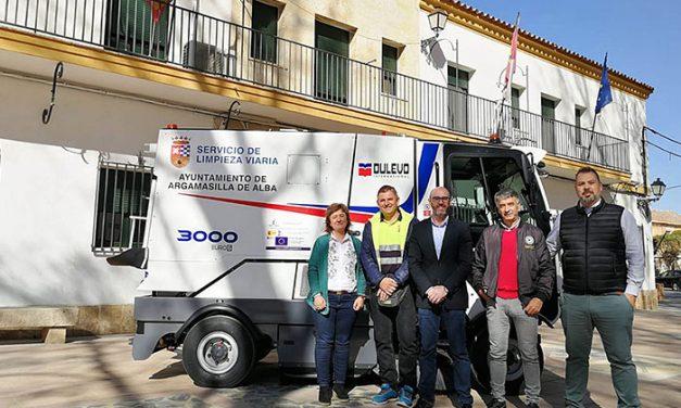 El Ayuntamiento de Argamasilla de Alba cuenta con una nueva máquina barredora