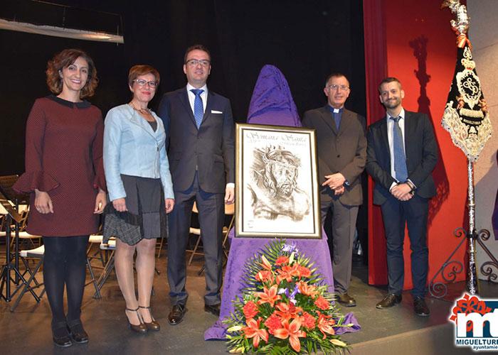 La Asociación de Hermandades y Cofradías de Semana Santa presentó el Cartel 2019 con la presencia de la alcaldesa, Victoria Sobrino