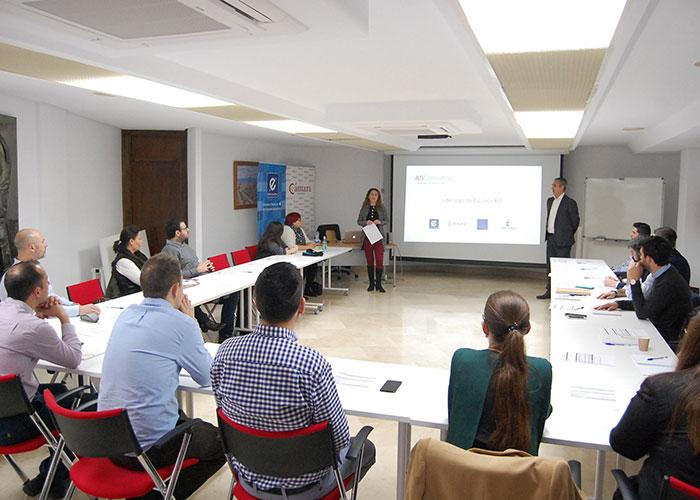 La Cámara y el CEEI ofrecen a una veintena de empresas claves novedosas para la gestión del liderazgo y el trabajo en equipo