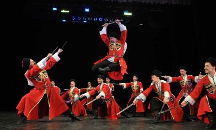 Valdepeñas recibe este domingo al Teatro Estatal de Danza 'Cosacos de Rusia'