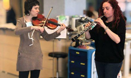 """""""Música en el hospital"""" dentro del programa que se desarrolla con la gerencia del hospital, servicios sociales y la escuela de música"""