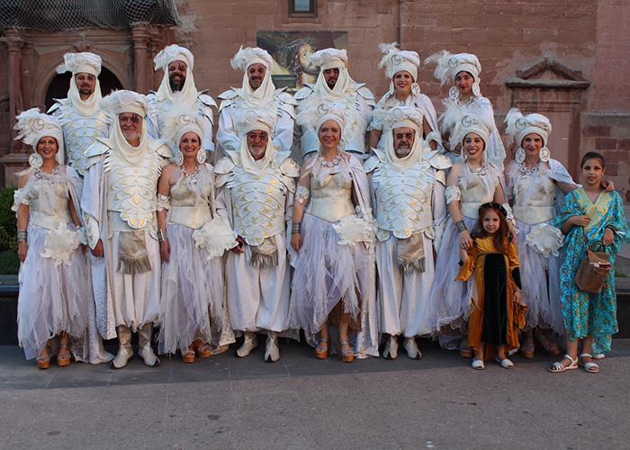 La Entrada Mora llenó de música y colorido las calles de Alcázar de San Juan