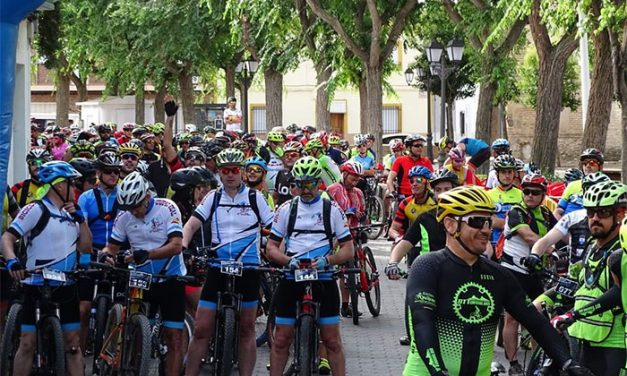 200 ciclistas participaron en la IV ruta BTT de Torralba de Calatrava