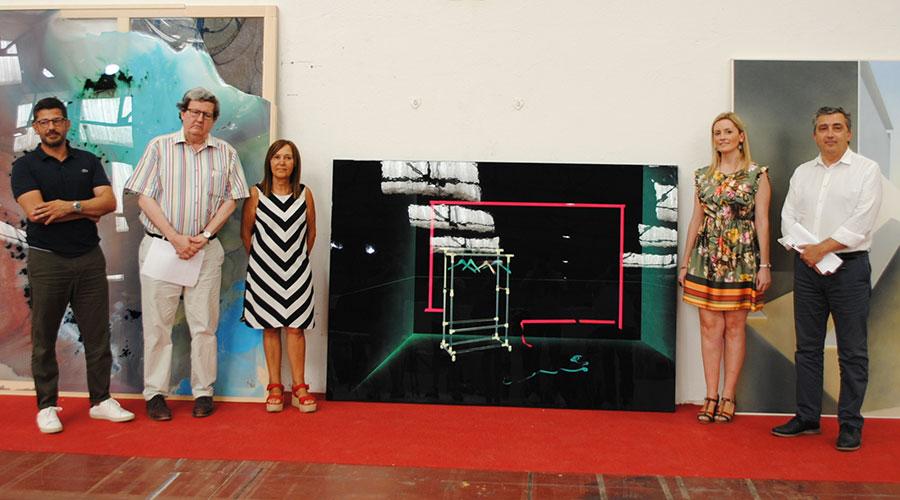 Una pintura de Carolina Ferrer, Medalla de Oro de la 80 Exposición Internacional de Artes Plásticas